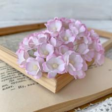 Цветок вишни средний, белый/розовый цвет