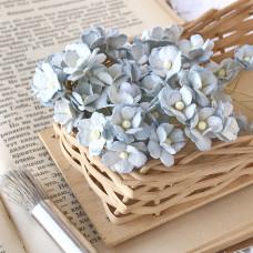 Цветок вишни средний, голубой/белый цвет