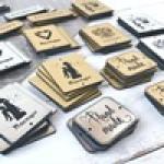Таблички и слова из пластика