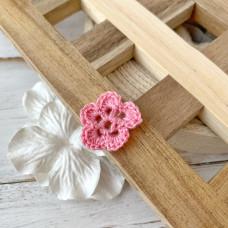 Цветок маленький розовый, 2 см.